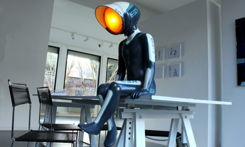 nanan urban light antifacto lamp robot cyborg eboy
