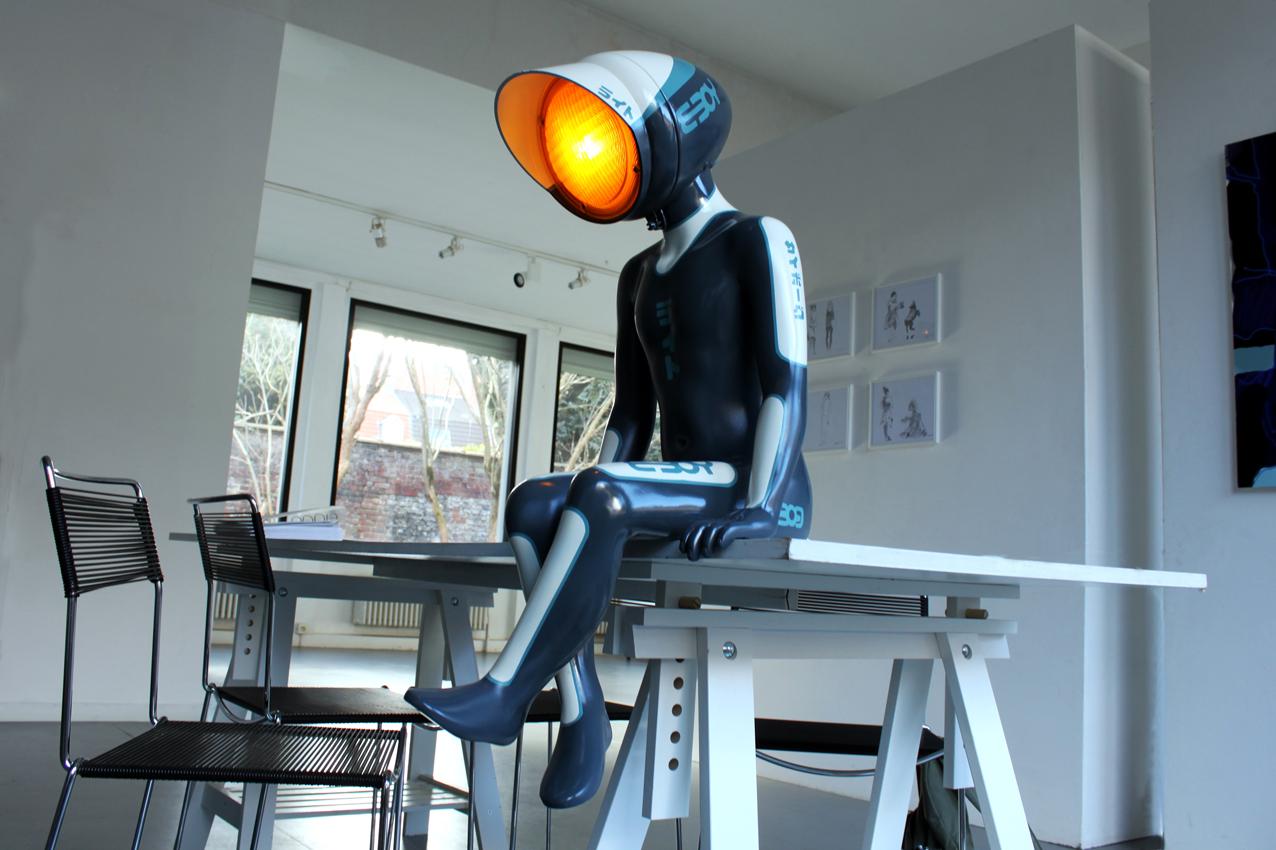 nanan urban light antifacto lamp robot cyborg eboy